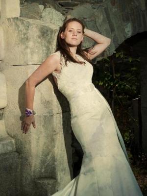 Iulia Moise - Mon Cheri 110220 Queen