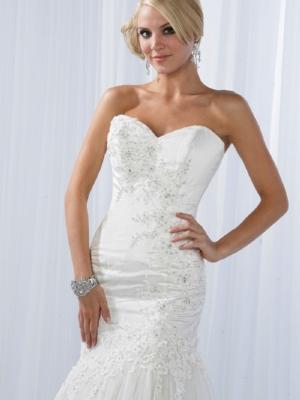 Impression Bridal 10095