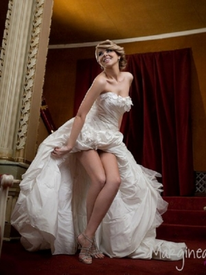 Alina Clapa in Collection Couture 12524