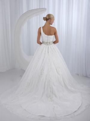 Impression Bridal 10103