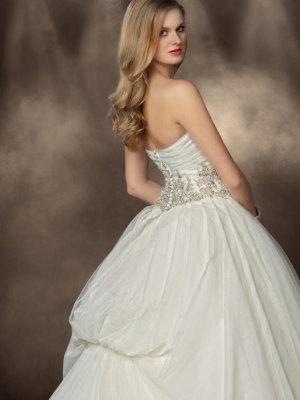 Impression Bridal 10185