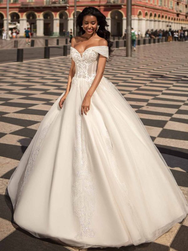 AMBER by Anna Sposa