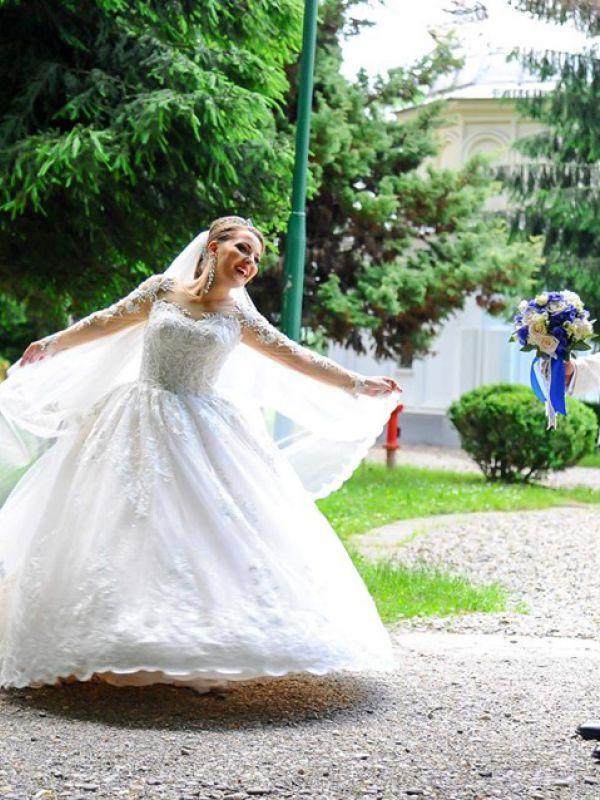 ALINA - rochia KARIM by Amanda DiVelli
