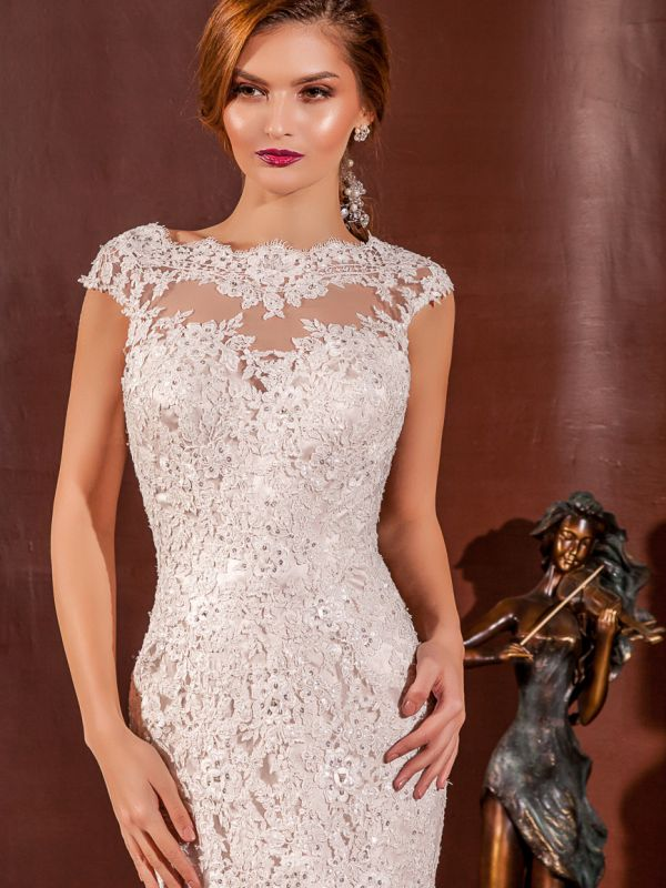 EVA by Amanda Bridal 139